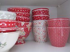 en tykkää Tableware, Kitchen, Dinnerware, Cooking, Dishes, Kitchens, Cucina, Stove, Cuisine