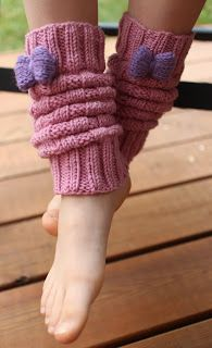 onnistuu Leg Warmers, Fingerless Gloves, Fashion, Tejidos, Puertas, Leg Warmers Outfit, Fingerless Mitts, Moda, Fashion Styles