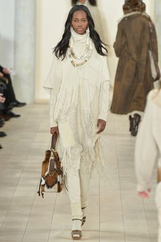Ralph Lauren - Fall 2015 Ready-to-Wear - Look 20 of 44?url=http://www.style.com/slideshows/fashion-shows/fall-2015-ready-to-wear/ralph-lauren/collection/20