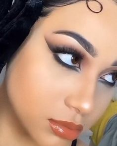 Black Smokey Eye Makeup, Makeup Eye Looks, Eye Makeup Art, Skin Makeup, Arab Makeup, Smoke Eye Makeup, Brown Makeup, Makeup Stuff, Love Makeup