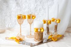 GOLD and DAMASK Wedding SET/Champagne glasses/Wedding от DiAmoreDS Damask Party, Damask Wedding, Gold Wedding, Wedding Unity Candles, Diy Candles, Wedding Glasses, Champagne Glasses, Cool Diy Projects, Craft Projects