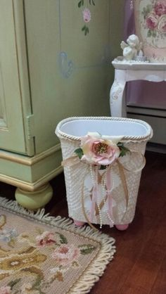 Shabby chic vintage style white crochet with ribbon waste paper basket ideal for the bedroom or - Shabby chic wastebasket ...