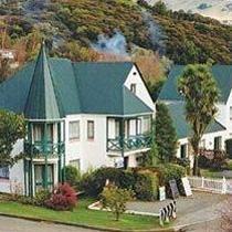 La Rive Akaroa Apartments Akaroa New Zealand Akaroa New Zealand, La Rive, Places Ive Been, Apartments, Scenery, Feels, Country, House Styles, Outdoor Decor