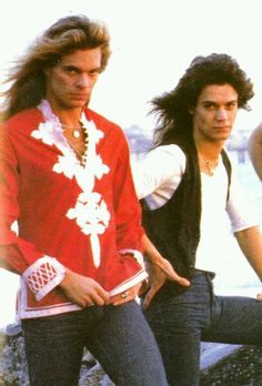 David Lee Roth Eddie Van Halen. #classicrock #forthosewholiketorock