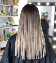 87 unique ombre hair color ideas to rock in 2018 - Hairstyles Trends Balayage Straight Hair, Brown Hair Balayage, Brown Blonde Hair, Hair Color Balayage, Brunette Hair, Hair Highlights, Blue Hair, Ashy Blonde, Blonde Balayage