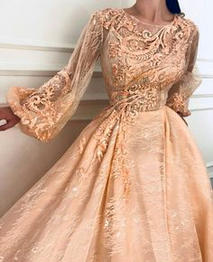 Платье Satin Dresses, Elegant Dresses, Evening Dresses, Prom Dresses, Formal Dresses, Beautiful Gowns, Beautiful Outfits, Pretty Outfits, Pretty Dresses
