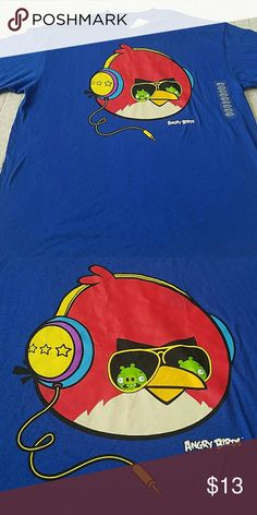 "Men's t-shirt NWT. Men's t-shirt.  ""Angry birds""  ☆☆☆BUNDLE AND SAVE☆☆☆ angry birds Shirts Tees - Short Sleeve"