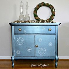 Create this project with Americana Decor® Metallics™ — Americana Decor Metallics add a sophisticated touch to furniture. Milk Paint Furniture, Metallic Painted Furniture, Blue Furniture, Furniture Ads, Pallet Furniture, Furniture Makeover, Wallpaper Furniture, Lobby Furniture, Furniture Update