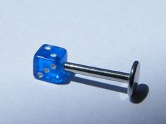 Piercing labret Dé #3 en acier chirurgical : Piercing par jl-bijoux-creation