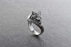 Fox Jewelry, Animal Jewelry, Cute Jewelry, Jewelry Gifts, Jewelry Ideas, Jewellery, Glass Jewelry, Diamond Jewelry, Silver Jewelry