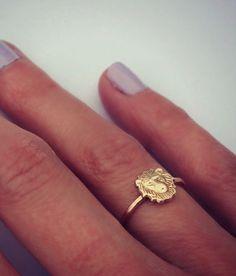 14k gold lion stacking ring