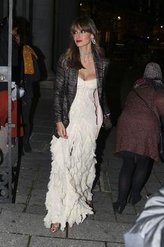 Ariadne Artiles tiene el vestido blanco perfecto para ir de fiesta a97bef06cd7d