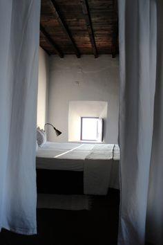 Hospedaria Convento de la parra / Le bonheur s'habille de blanc