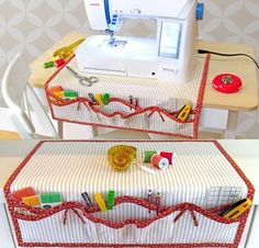 Sewing Machine Organizer Apron: Fabric Depot Tutorial via Create a fast Valentine Love Letter Pillowcase! Sew a Sewing Machine Apron/Oraganizer! Bake the Most Beautiful Double-Chocolate Rose Cupcakes EVER! Make a Valentine Breakfast! Your sewing machine i Sewing Hacks, Sewing Tutorials, Sewing Crafts, Sewing Projects, Diy Projects, Dress Tutorials, Sewing Ideas, Quilt Patterns, Sewing Patterns