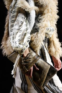 Lanvin Fall 2015 Ready-to-Wear. So may beautiful layers - linen, fur, shearling. The perfect traveller.