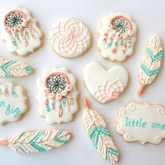"1,074 Likes, 58 Comments - Miss Biscuit (@miss_biscuit_) on Instagram: ""Pretty dream catcher baby shower theme #cookie #cookies #icedbiscuits #decoratedcookie #missbiscuit…"""