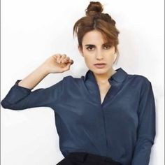 Everlane Silk Round Collar Blouse - Navy NWOT - 100% silk, brand new condition. Everlane doesn't carry this style/color combination anymore. Everlane Tops Blouses