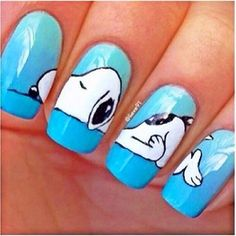 SNOOPY NAILS Anyone out there, are you talented to do this to my nails? Crazy Nail Art, Crazy Nails, Cute Nail Art, Cute Nails, Pretty Nails, My Nails, Dog Nail Art, Nail Art Animals, Animal Nail Designs
