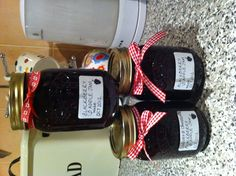 Apple and Blackberry jam!  So easy to make!  500g blackberries, 500g apples, lemon, 100ml water 1kg preserving sugar.  Boil for 15 mins then simmer for 5 mins,  leave to cool for an hour, then jar!