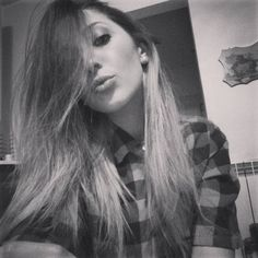 Avere piu sonno alle tre di pomeriggio che alle tre di notte! �� (Tratto da una breve storia triste)  #fashion #style #stylish #love #me #cute #photooftheday #nails #hair #beauty #beautiful #instagood #pretty #swag #pink #girl #girls #eyes #design #model #dress #shoes #heels #styles #outfit #purse #jewlery #shopping #glam http://unirazzi.com/ipost/1511297038015680165/?code=BT5NKYdBk6l