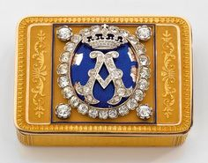An historical and late 19th Century Italian, diamond, enamel and 18K snuffbox.