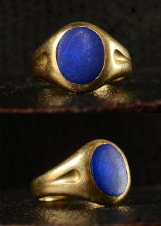 Late 19th Century Lapis Lazuli Signet Ring, 18K Gold, English