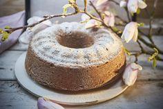 Prezidentská bábovka – CULINA BOTANICA Cupcake Cakes, Cupcakes, Doughnut, Tiramisu, Ethnic Recipes, Food, Cup Cakes, Cupcake, Tiramisu Cake