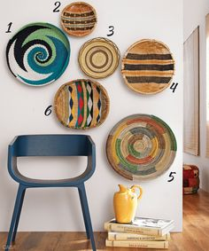 Braided baskets form a beautiful wall arrangement African Interior Design, Ethno Design, Deco Boheme, Basket Decoration, Baskets On Wall, Beautiful Wall, Diy Wall Decor, Home Decor Furniture, Plates On Wall