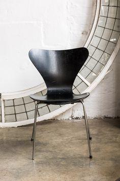 Plywood Furniture, Design Furniture, Chair Design, Arne Jacobsen Chair, Herman Miller, Eames, Bent Wood, Lounge, Modern Design