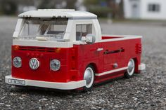 Red is a mod of white is a full rebuild with tailgate and flaired rear fenders Volkswagen Bus, Vw T1, Lego Camper, Combi Wv, Construction Lego, Batman Car, T2 Bus, Lego Guns, Lego Truck