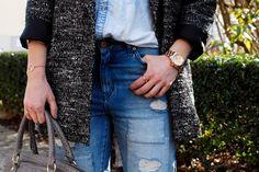 www.blonde-concept.com Denim Shirt: H&M, Boyfriend Jeans: Asos, Bag Aigner, Coat H&M, Watch River Island #fashionblogger