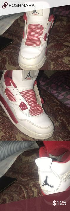 Jordan 4 alternate 89s Cracked on the sole easy fix paint chipping on sole, size 6.5 has oringinal box Jordan Shoes Sneakers