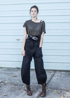 Image of origami pants / black twill