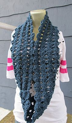 Ravelry: simple shell stitch infinity scarf pattern by Crochet Mama.