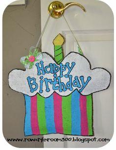 Burlap cupcake door hanger (hang on classroom door for student birthdays)