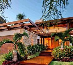 Spanish style homes – Mediterranean Home Decor Modern Tropical House, Tropical House Design, Tropical Houses, Modern House Design, Future House, My House, Design Exterior, Spanish Style Homes, Dream House Exterior