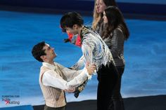 Wonderful comradery: Yuzuru Hanyu and Javier Fernandez, gold and silver in Barcelona, at this year's edition of the Grand Prix Final