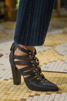 0d983c5bcd2f Altuzarra Fall 2018 Fashion Show Details - The Impression Recycled Shoes