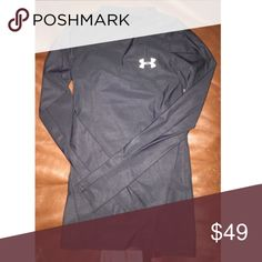 Boys Black Under Armour Long Sleeve Shirt Youth Small. Meant to be worn tight. Under Armour Shirts & Tops