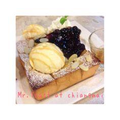 blueberry honey toast by Mr.toast at Chiangmai
