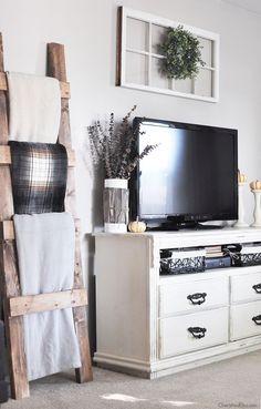Modern Farmhouse TV Decor