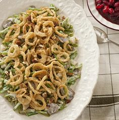 24 Thanksgiving Food Ideas With Recipes = green-bean-casserole