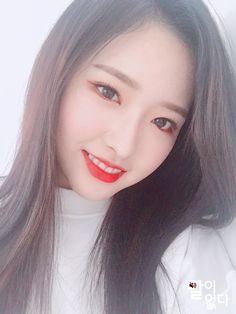 Image uploaded by irem. Find images and videos about selca, loona and gf on We Heart It - the app to get lost in what you love. Sooyoung, South Korean Girls, Korean Girl Groups, Irina Jelavic, Divas, Olivia Hussey, Thing 1, Olivia Hye, Marceline
