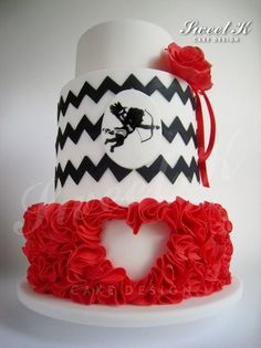 Take off cupid and its the perfect Black White & Red Cake