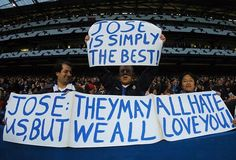 Chelsea Fans Support Mourinho To Succeed In Manchester United