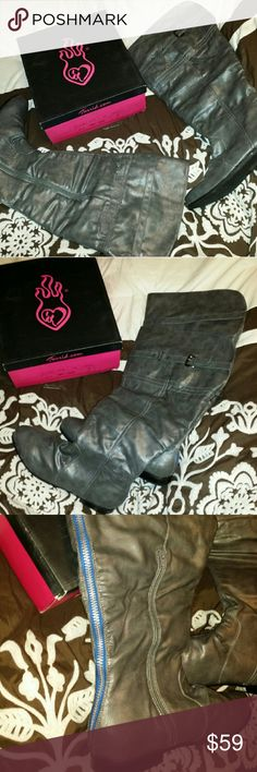 """Torrid over the knee boots. Womens SIZE 13 w Torrid over the knee boots .size 13 W. Gray color. Wide calf 21"""" . New with tag and box .zipper in the back and on the side of each boot belt buckle  on the top. torrid Shoes Over the Knee Boots"""