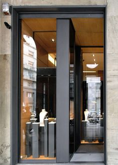 Spallanzani 1882 - jewels milano by diego bortolato, via behance shop & retail 店 铺 инте Jewellery Shop Design, Jewelry Shop, Jewelry Stores, Luxury Jewelry, Gold Jewellery, Boutique San Francisco, Shop House Plans, Shop Plans, Elderly Home