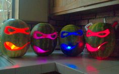 Use glow sticks in your Halloween pumpkins instead of candles -- or make these glowing ninja turtles out of Cool Glow Stick Ideas Fröhliches Halloween, Holidays Halloween, Halloween Pumpkins, Halloween Decorations, Turtle Decorations, Halloween Pictures, Couple Halloween, Halloween Costumes, Ninja Turtle Party