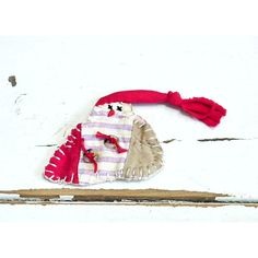 Primitive Snowman Brooch Christmas Patchwork Melting Snowman Ornament... ($13) ❤ liked on Polyvore featuring home, home decor, holiday decorations, snowman home decor and snowman ornaments