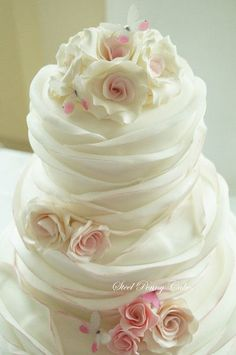 Create my most popular ruffle cake. Includes step by step photos on how to create, place, an paint the ruffles. Also included is a bonus rose tutorial Beautiful Wedding Cakes, Gorgeous Cakes, Pretty Cakes, Amazing Cakes, Perfect Wedding, Bolo Cake, Wedding Cake Designs, Wedding Ideas, Fancy Cakes
